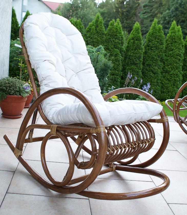 fotel bujany z ratanu
